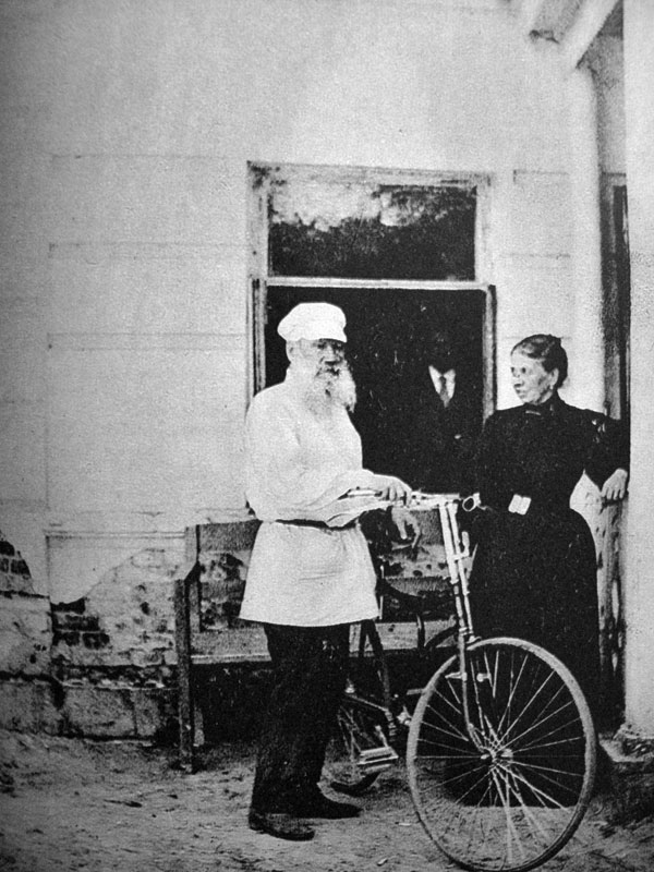 Photos from the life of Leo Tolstoy that you've never seen before