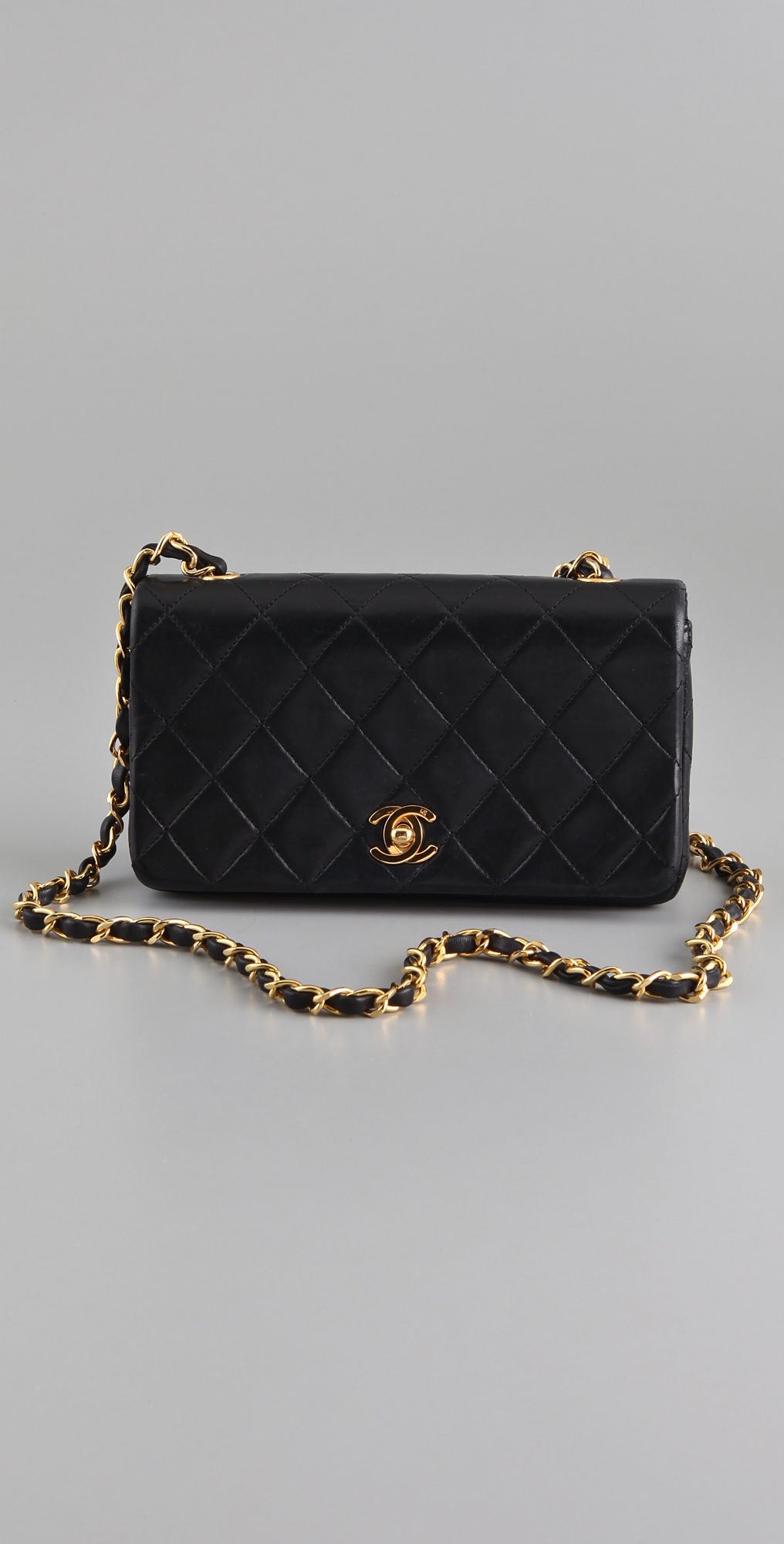 4ff28be3c6b651 WGACA Vintage Vintage Chanel Classic Quilted Bag on PopScreen