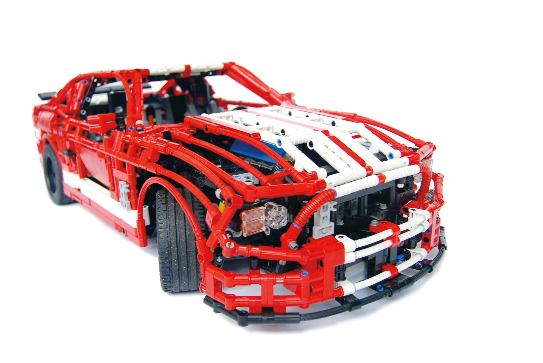 incredible lego technic cars trucks robots more pawel sariel kmiec 9781593275877. Black Bedroom Furniture Sets. Home Design Ideas