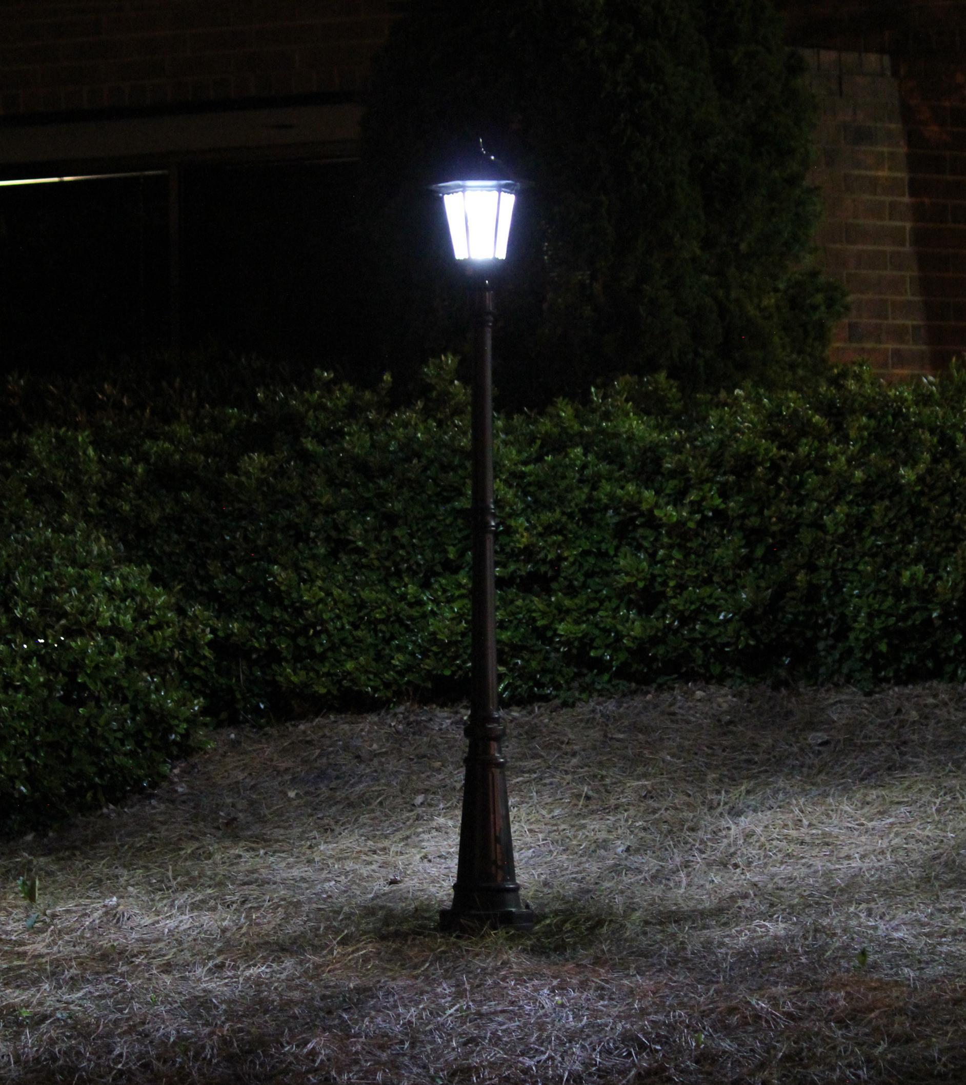 Night Light Fixtures: Amazon.com : Gama Sonic Windsor Solar Outdoor LED Light