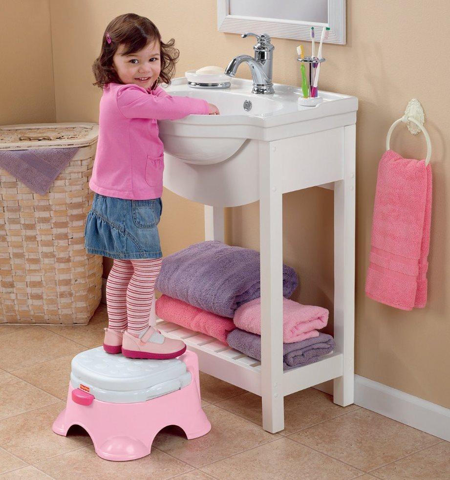 Amazon Com Fisher Price Royal Stepstool Potty Princess