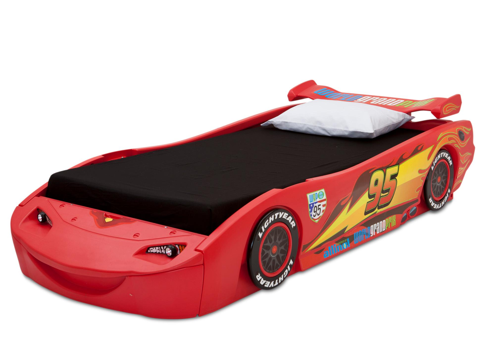 delta children cars lightning mcqueen twin bed. Black Bedroom Furniture Sets. Home Design Ideas