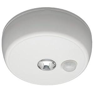 mr beams mb 980 battery operated indoor outdoor motion sensing led ceiling light white. Black Bedroom Furniture Sets. Home Design Ideas