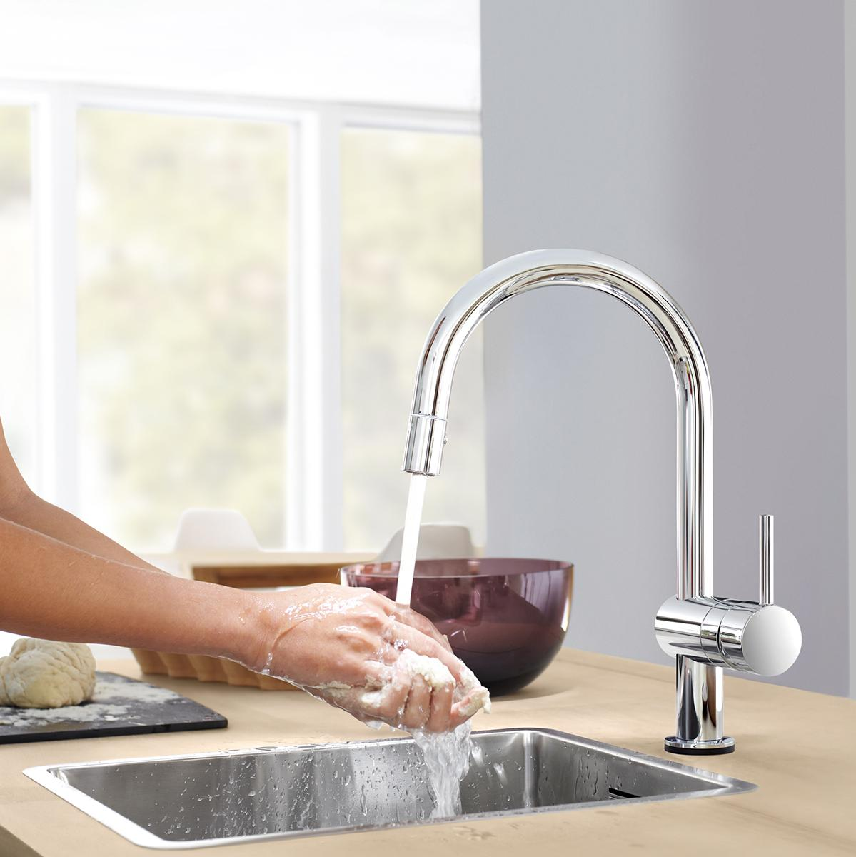 grohe 31359000 minta touch pull down spray head kitchen faucet home improvement. Black Bedroom Furniture Sets. Home Design Ideas
