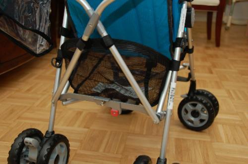 For Sale! Chicco Capri Lightweight Stroller, Tangerine
