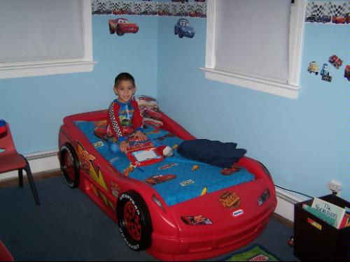 Amazon Com Little Tikes Lightning Mcqueen Roadster