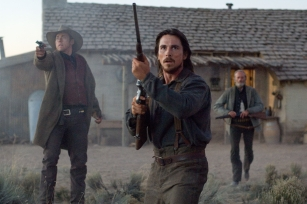 Amazon.com: 3:10 to Yuma (Widescreen Edition): Russell ...