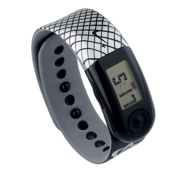 Amazon.com: Nike+ SportBand (Black/Cool Grey/Silver