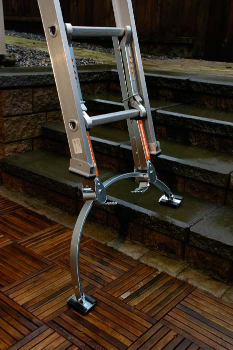 Qualcraft 2475 Basemate Easy Connect Professional Ladder