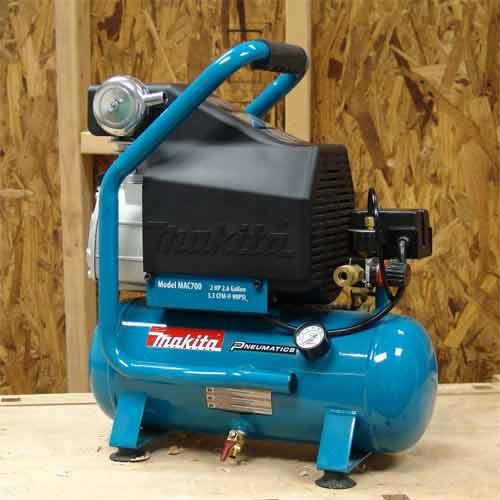 Amazon Com Makita Mac700 Big Bore 2 0 Hp Air Compressor Home Improvement
