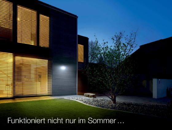 steinel led hausnummern leuchte xsolar lh n edelstahl beleuchtete hausnummer inkl 1200 mah. Black Bedroom Furniture Sets. Home Design Ideas