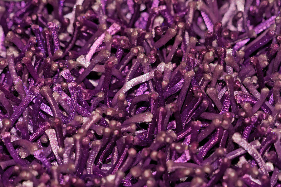 lalee 347128884 designer hochflor shaggy teppich handarbeit langflor uni violet lila. Black Bedroom Furniture Sets. Home Design Ideas