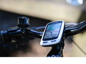 garmin edge touring fahrrad navigation mit gps inklusive. Black Bedroom Furniture Sets. Home Design Ideas