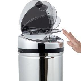 kitchen move bat 42lb as design originale poubelle sensor automatique inox 31 x 77 cm. Black Bedroom Furniture Sets. Home Design Ideas